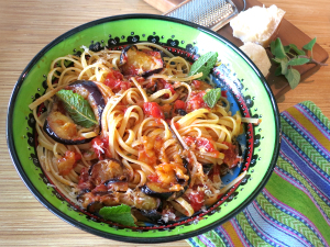 4Tjestenina_špageti alla norma
