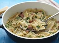 Fuži pasta with prosciutto and truffles